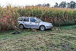 2016-01-07 Verkehrsunfall B76 - PKW im Acker
