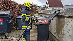 2019-12-27 B02 Müllcontainer Friedhof - 20191227_112419
